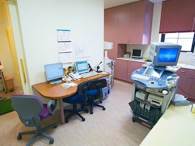 診察室内部